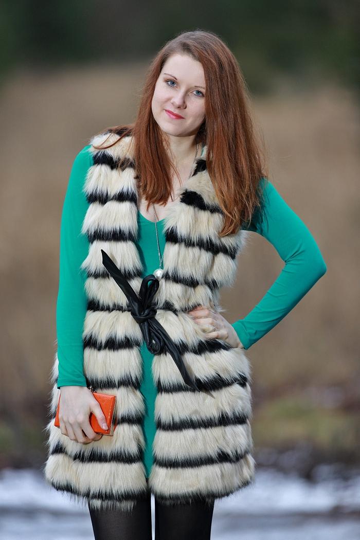módní blogerka, motel rocks, recenze, kožešinová vestička F&F