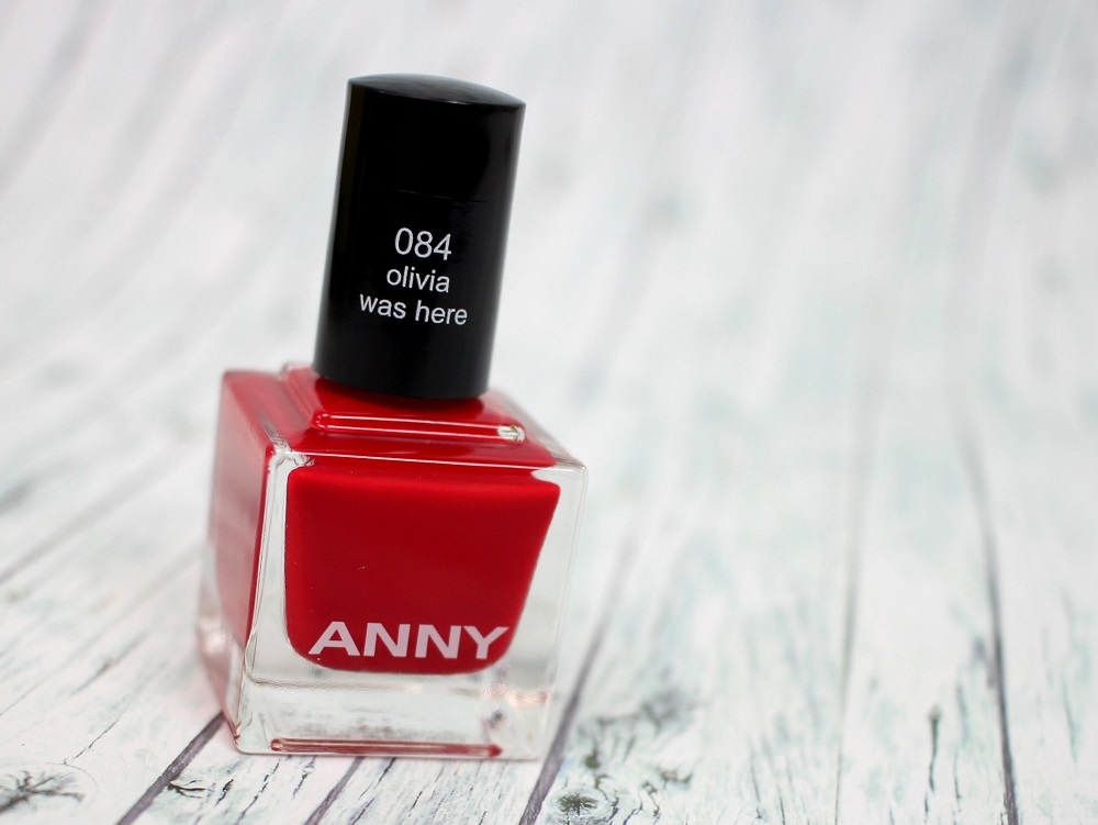 rot, le, review, douglas, nagellack, limited edition, swatches, nailpolish, anny, tragebilder, fashionblogger, Fashion Blogger in the City, olivia was here, sky walker, creme finish
