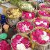 BERJUALAN BUNGA TABUR: Peluang Bisnis di Kota Budaya