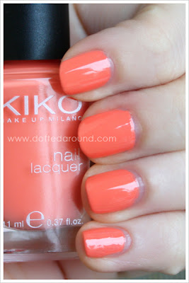 Kiko smalto 358 Pesca swatch swatches