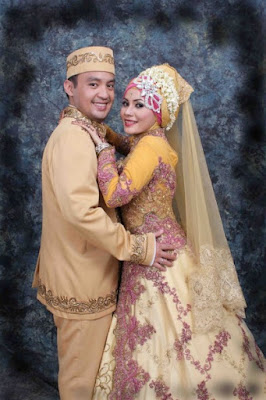 Foto Pengantin Muslim Sebagai Referensi Pernikahan