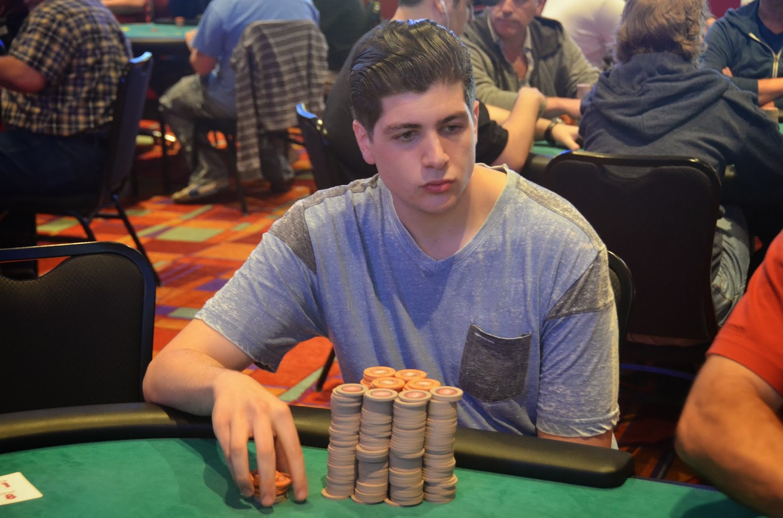 Parx big stax iv big stax 300 day 2 rocco leads the way for Parx poker room live game report
