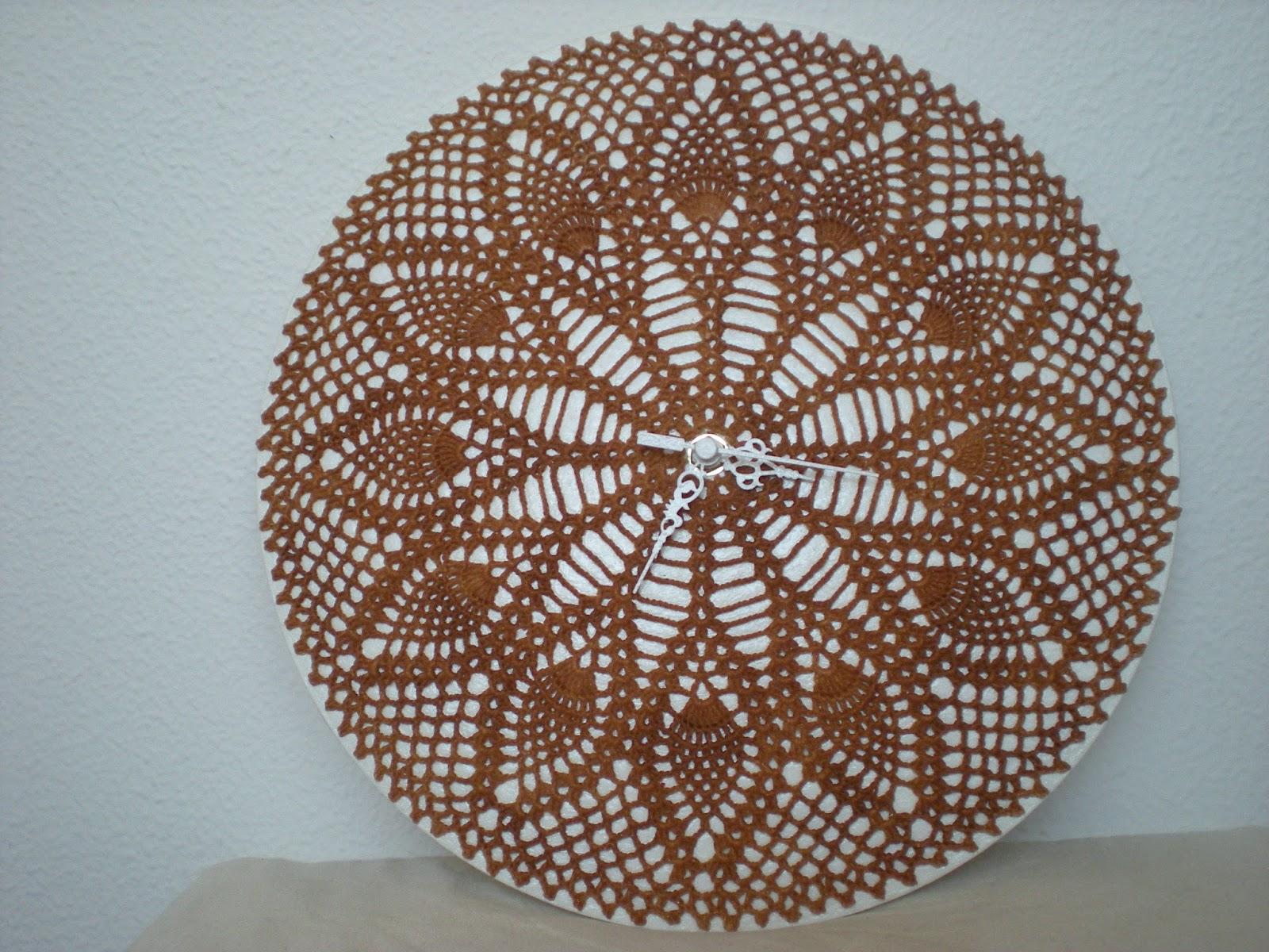 EmmHouse: Pineapple wall clock