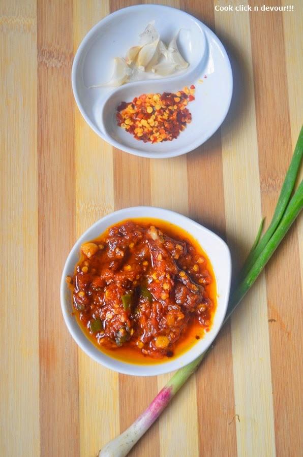how to cook schezwan sauce