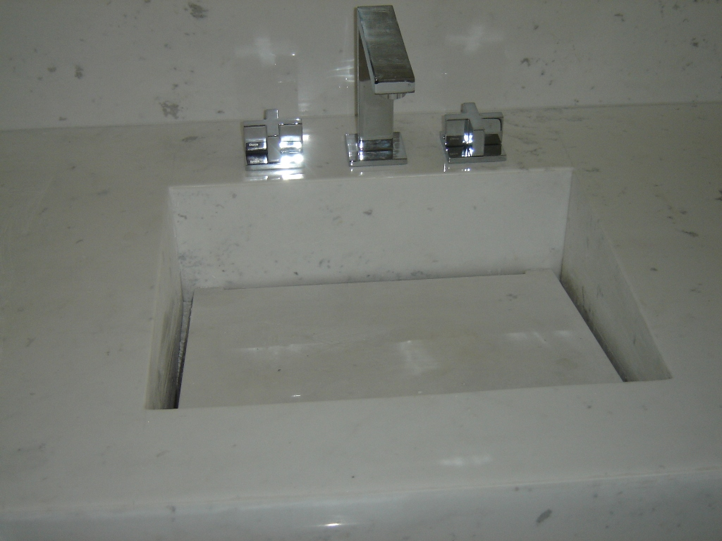 que eu quero é essa não sei o nome mas acho que é mármore branco  #536778 1024 768