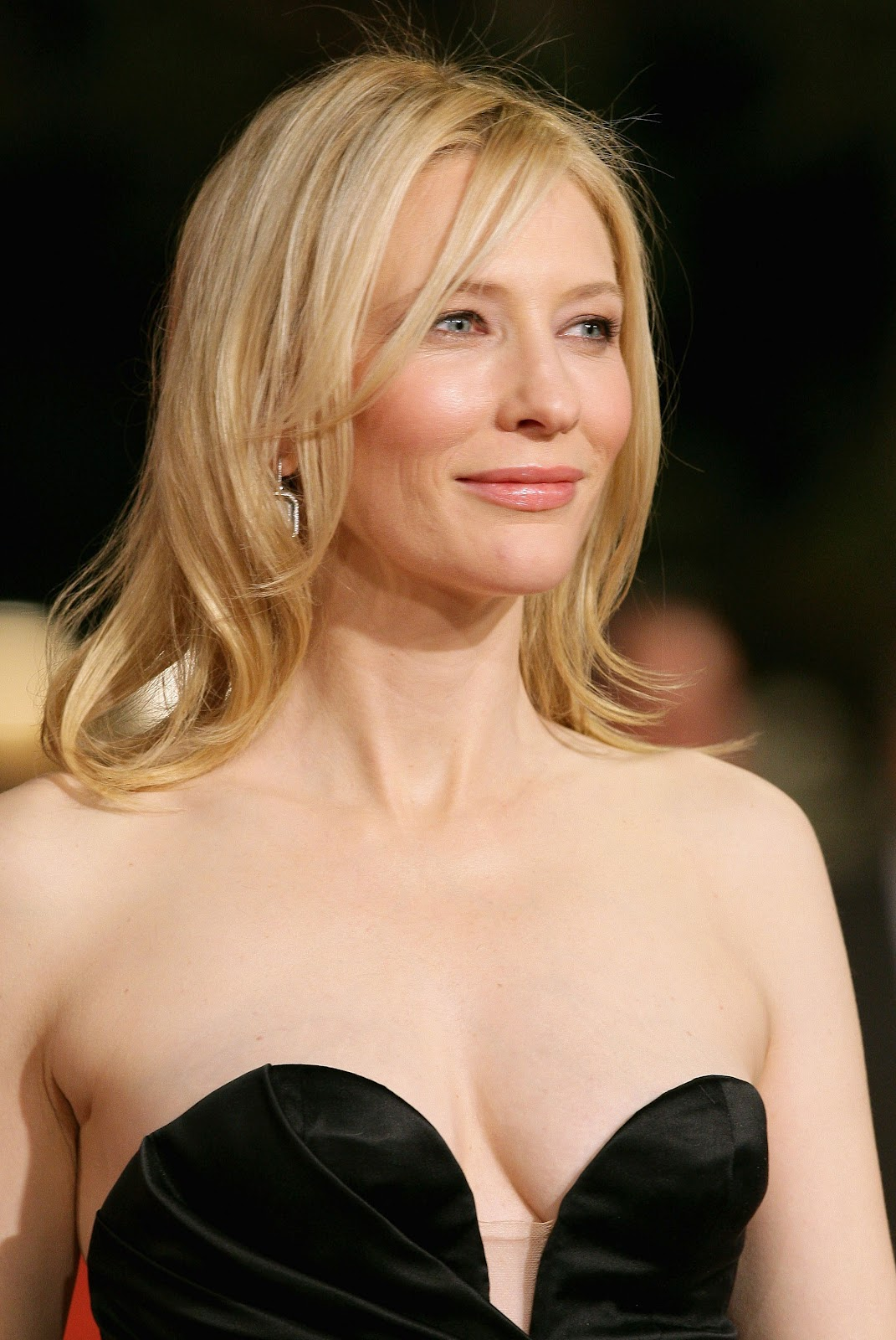 http://2.bp.blogspot.com/-nYOVx1-rvUE/T-eKc9WNkrI/AAAAAAAAB38/_Dc2TjaBHCY/s1600/Cate+Blanchett+Weight+And+Height.jpg