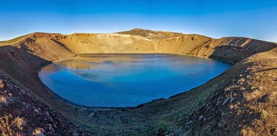 izvoarele din islanda