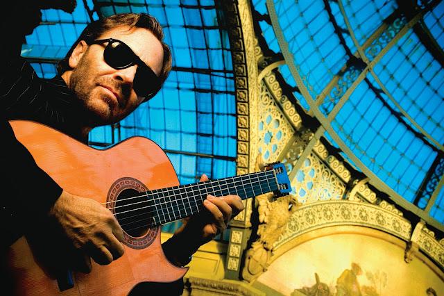Al Di Meola gypsy guitar