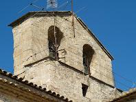 Detall del campanar d'espadanya de Sant Pau de Casserres