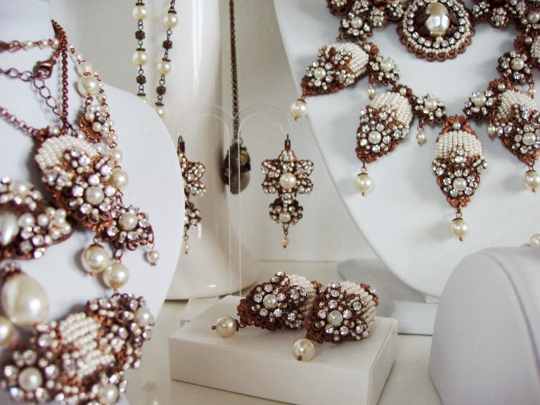 Vintage style jewelry jewellery Eesti disainer ehted Bijoux Collier Boucles Bracelet Crystal perles anciennes Schmuck halskette armband perlen alte steine glas edelstein crystal