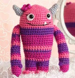 http://grandmotherwren.com/2012/02/join-the-crochet-me-amigurumi-crochet-along-for-2012-%E2%80%93-get-the-free-pattern-for-february-this-week-only/