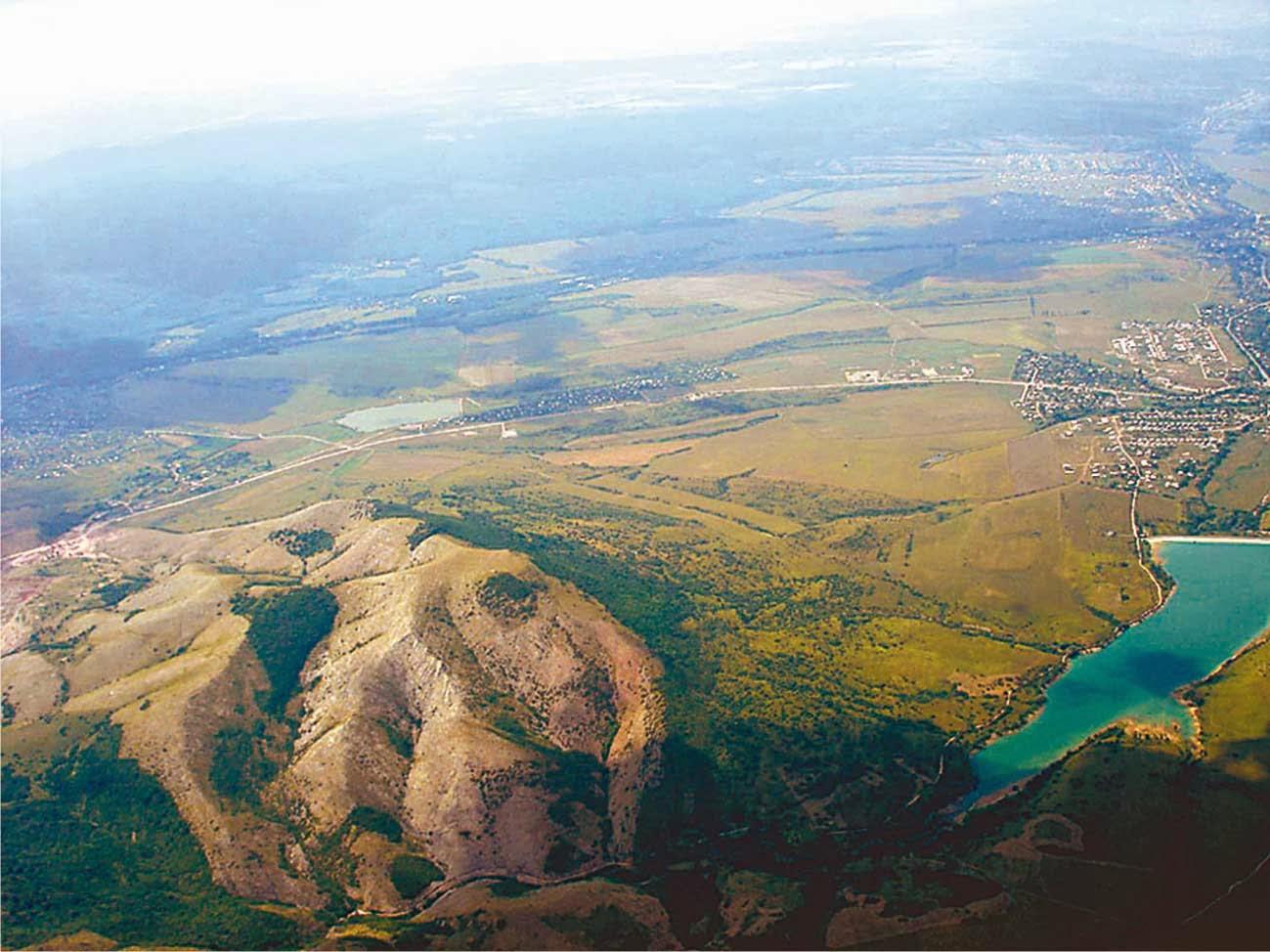 صورة منظر جوي بانورامي من شبه جزيرة القرم
