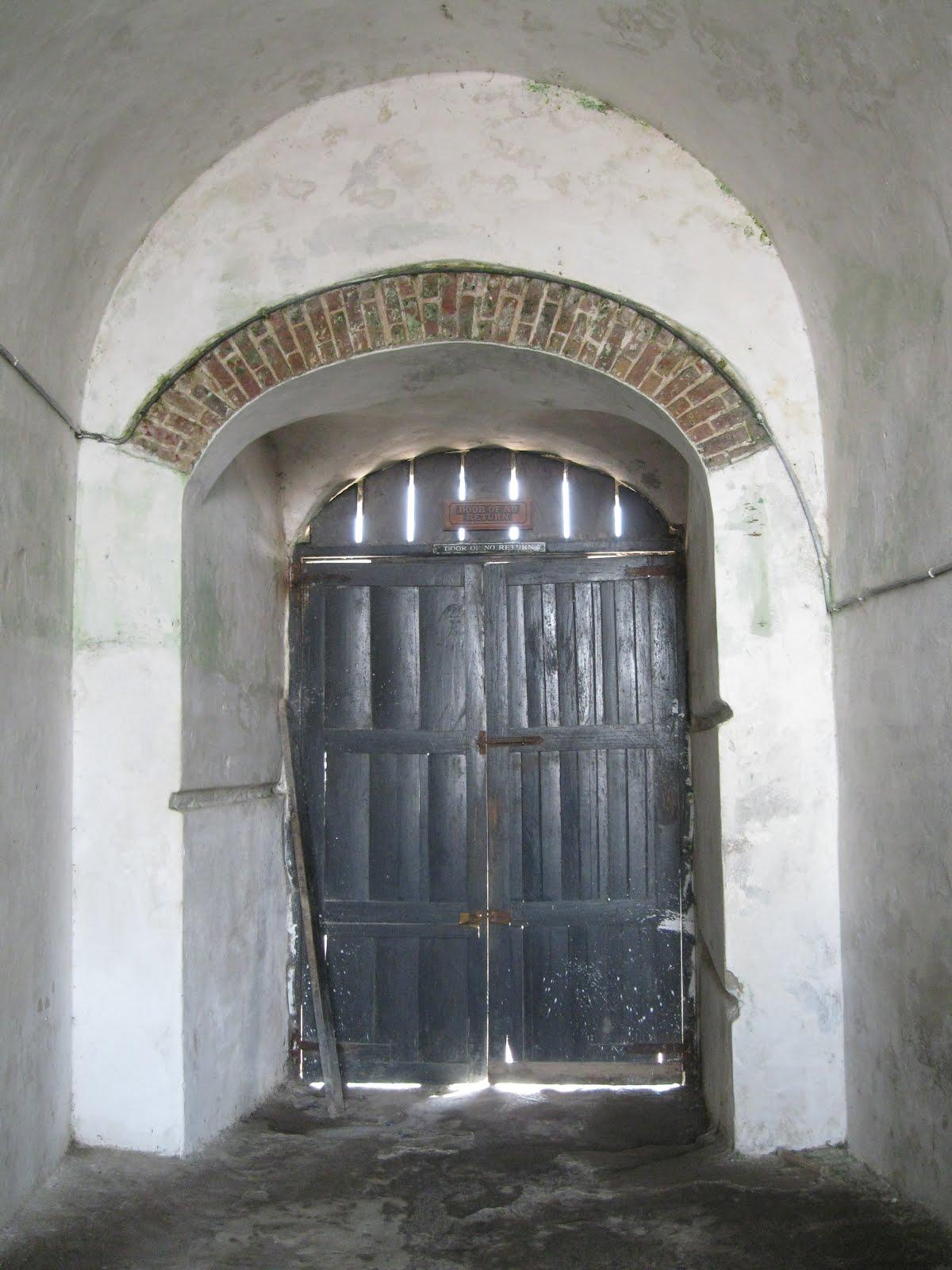 Teachers for global classrooms ghana 2012 the door of for Door of no return
