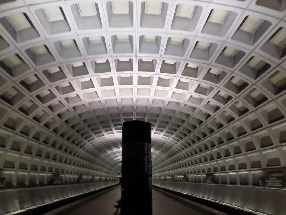 Descriptive essay on Washington DC?