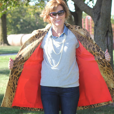 Mood fabrics' leopard coat using Vogue 8884 with silk lining