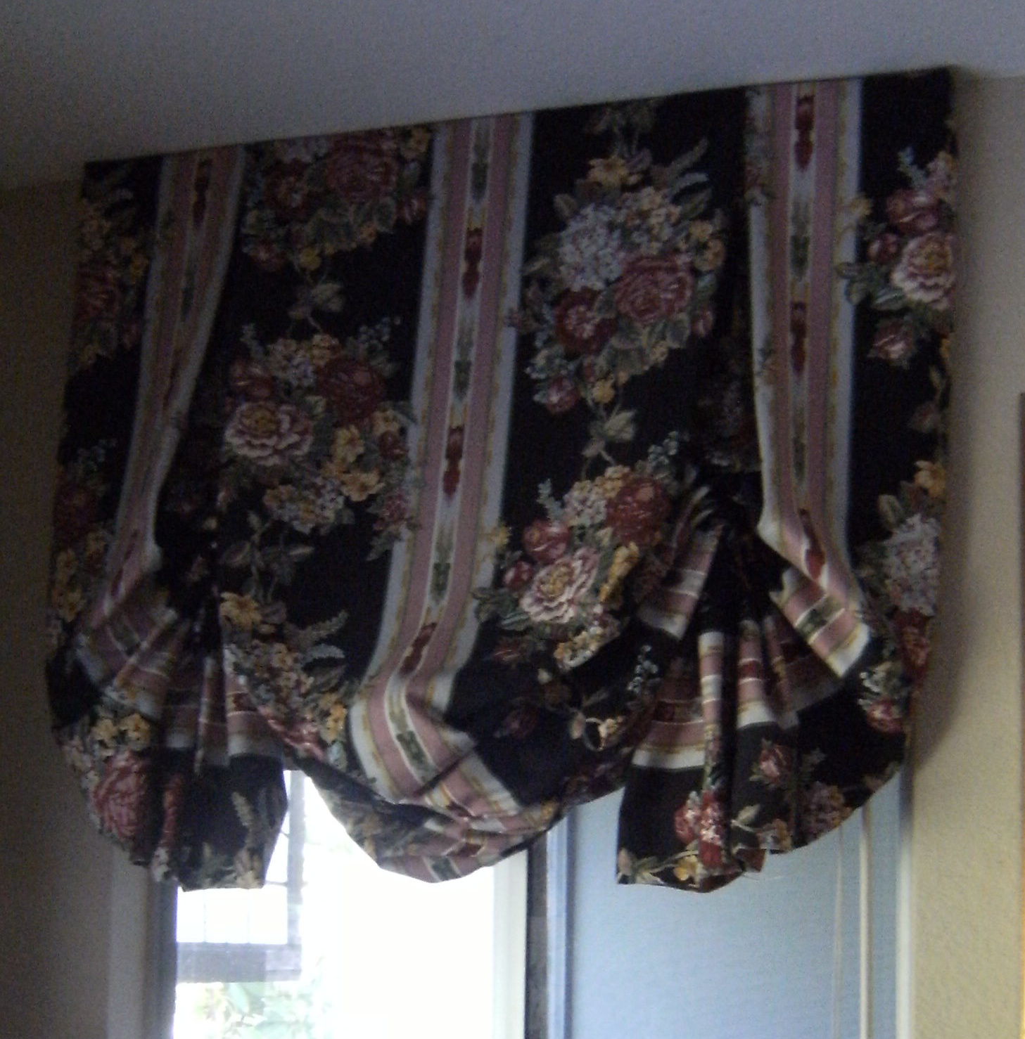 Sew passionate diy butterfly balloon shades