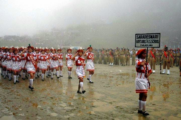 Independence Day celebration in darjeeling lebong Saradeswari govt HS School marching on