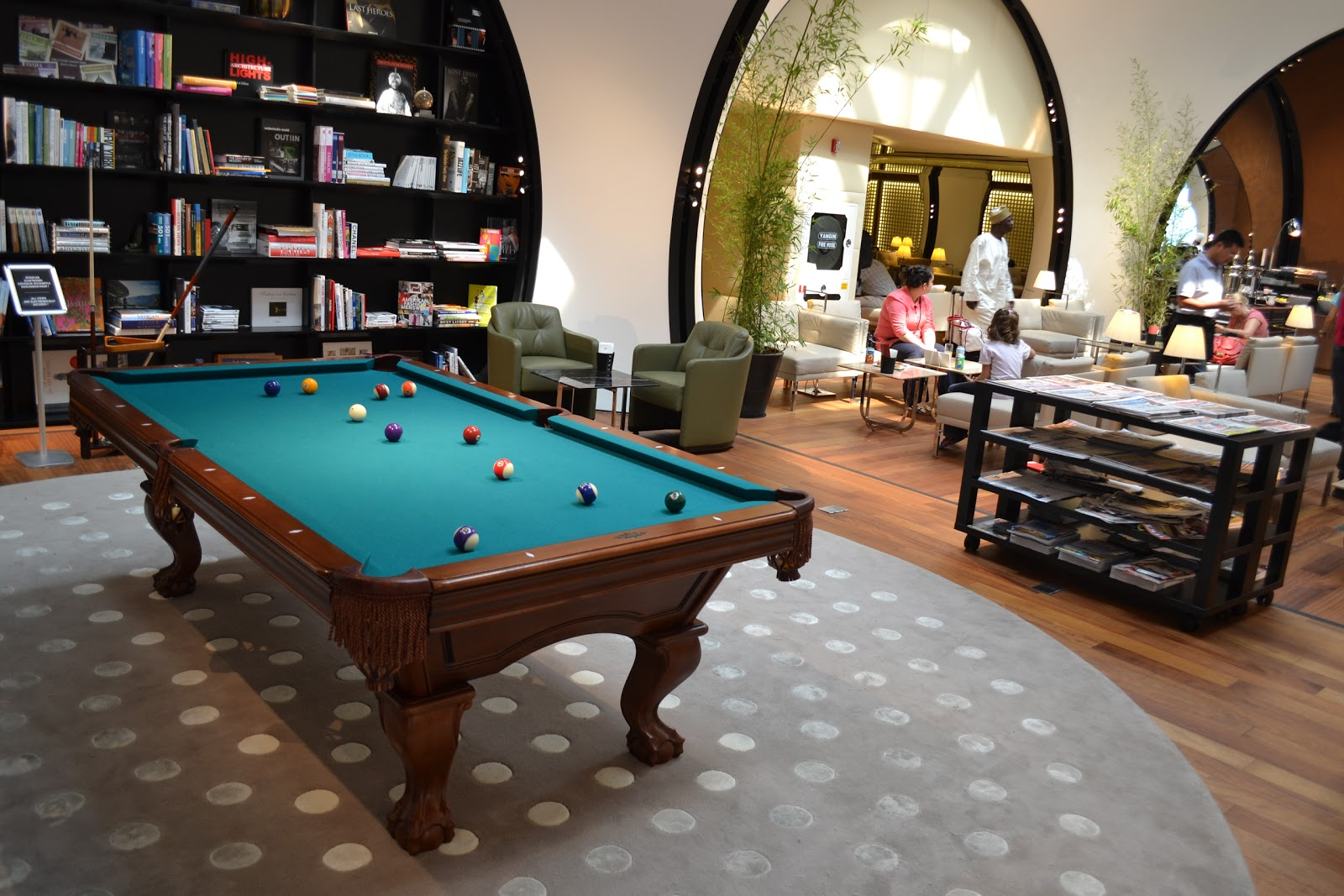 Billiard Traveler Unexpected Billiards Istanbul Airport - Travel pool table