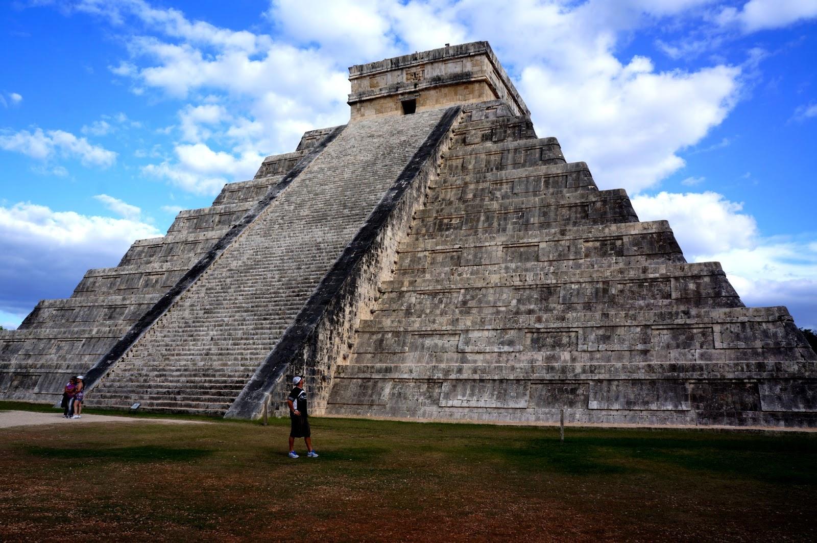 ancient mayan ruins chichen itza mexico wallpapers - Ancient Mayan Ruins Chichen Itza Mexico For Desktop
