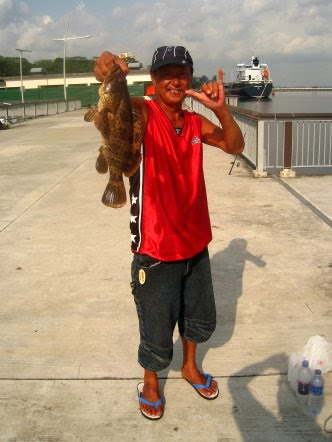 Gao Heurr 石班鱼 or Kerapu Caught at Woodland Jetty Fishing Hotspots was created to share with those who are interested in fishing on tips and type of fishes caught around Woodland Jetty Fishing Hotspots.