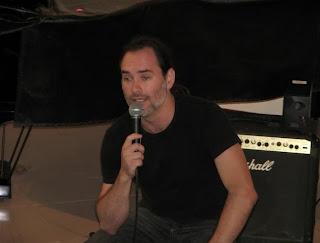 Você conhece o Curso Livre de Técnica Vocal Aplicada ao Rock?