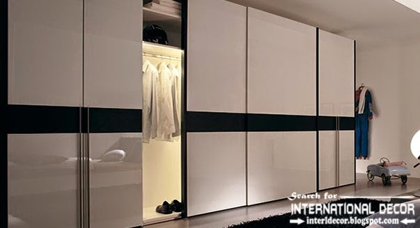 Wardrobe door systems, closet designs for dressing room