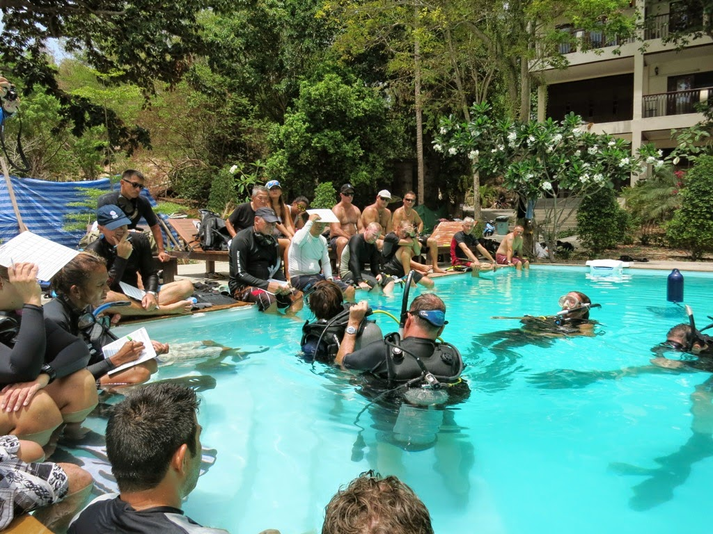 PADI Instructor Development Update Koh Tao, pool work