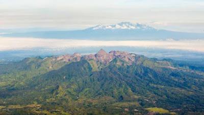 Nih Dia Gunung di Indonesia yang Paling Berbahaya di Dunia