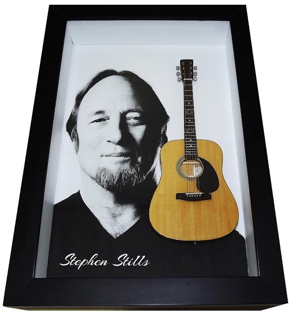 mini violão Martin