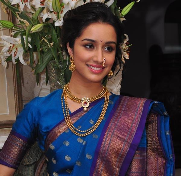 Shradhha Kapoor Marathi Look Pics