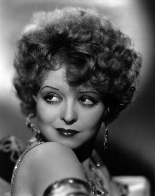 easy Clara Bow style hot roller set for gatsby flapper hairstyles