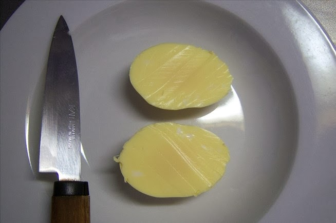 How to Scramble Eggs Inside Their Shell