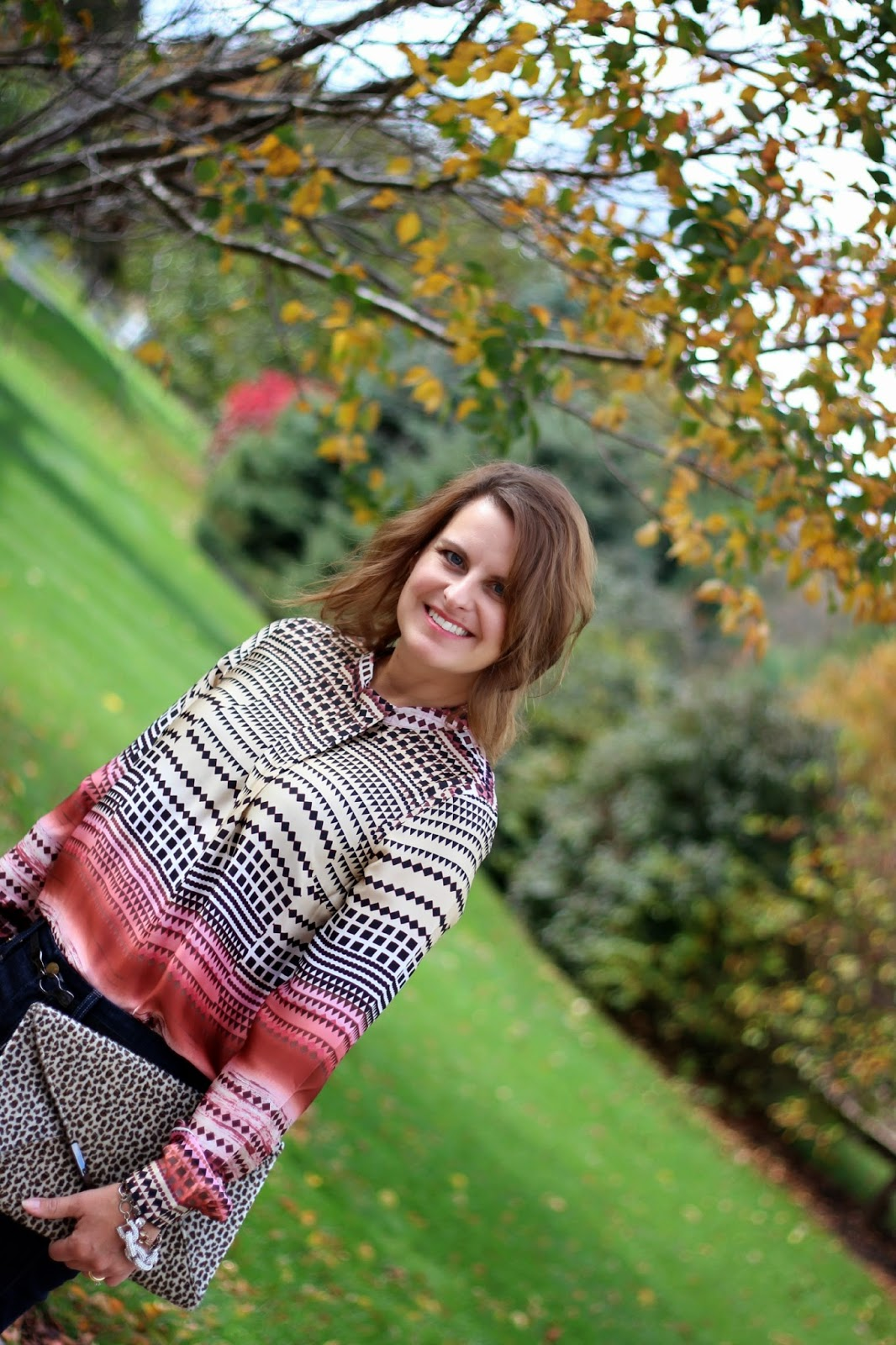 Ladylike blouse, Joe's Jeans, Leopard Clutch, Fall look