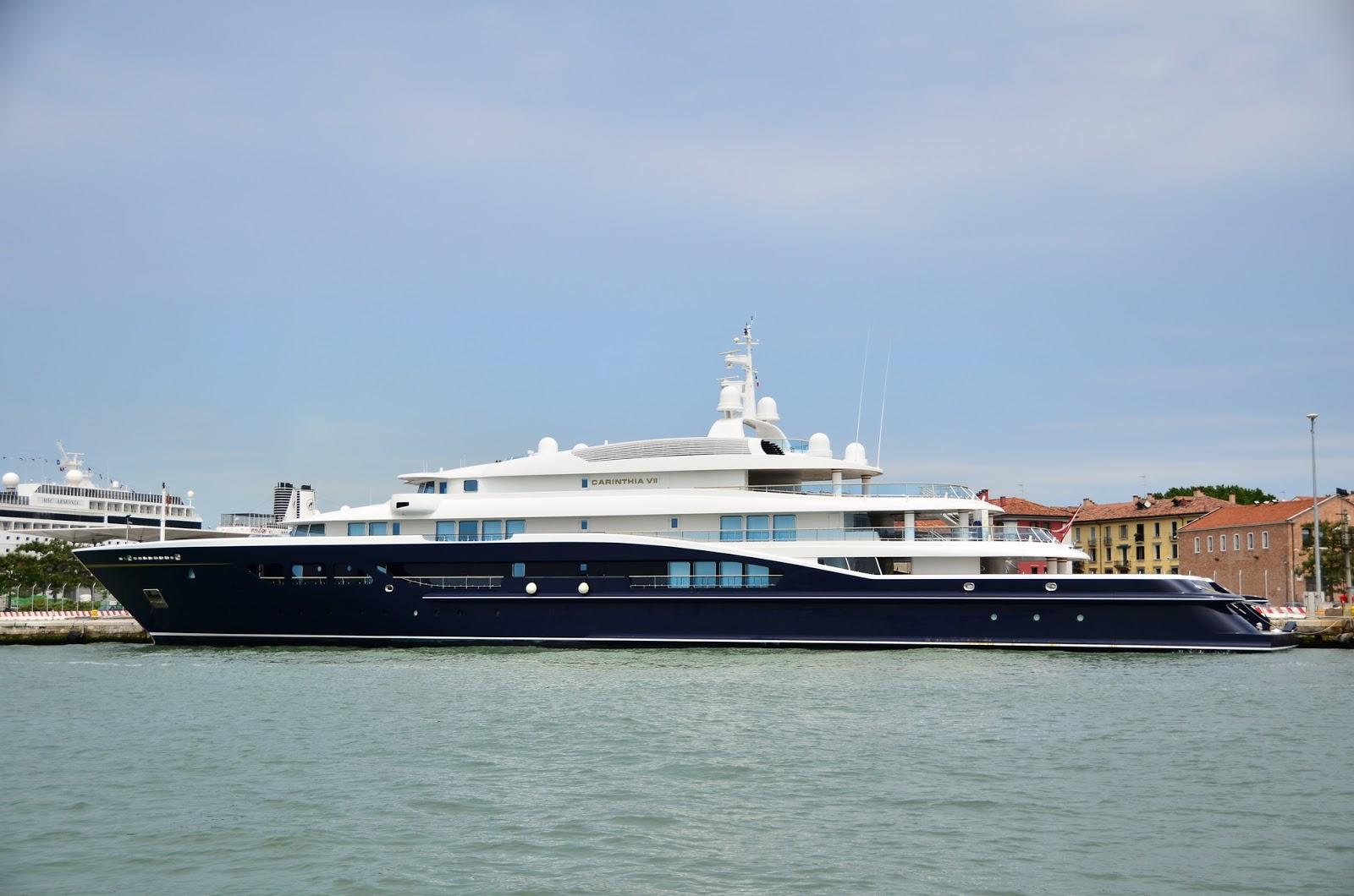 Superyacht CARINTHIA VII