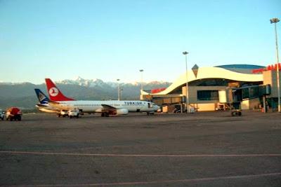 Bandara Internasional Almaty, Kazakhstan. ZonaAero