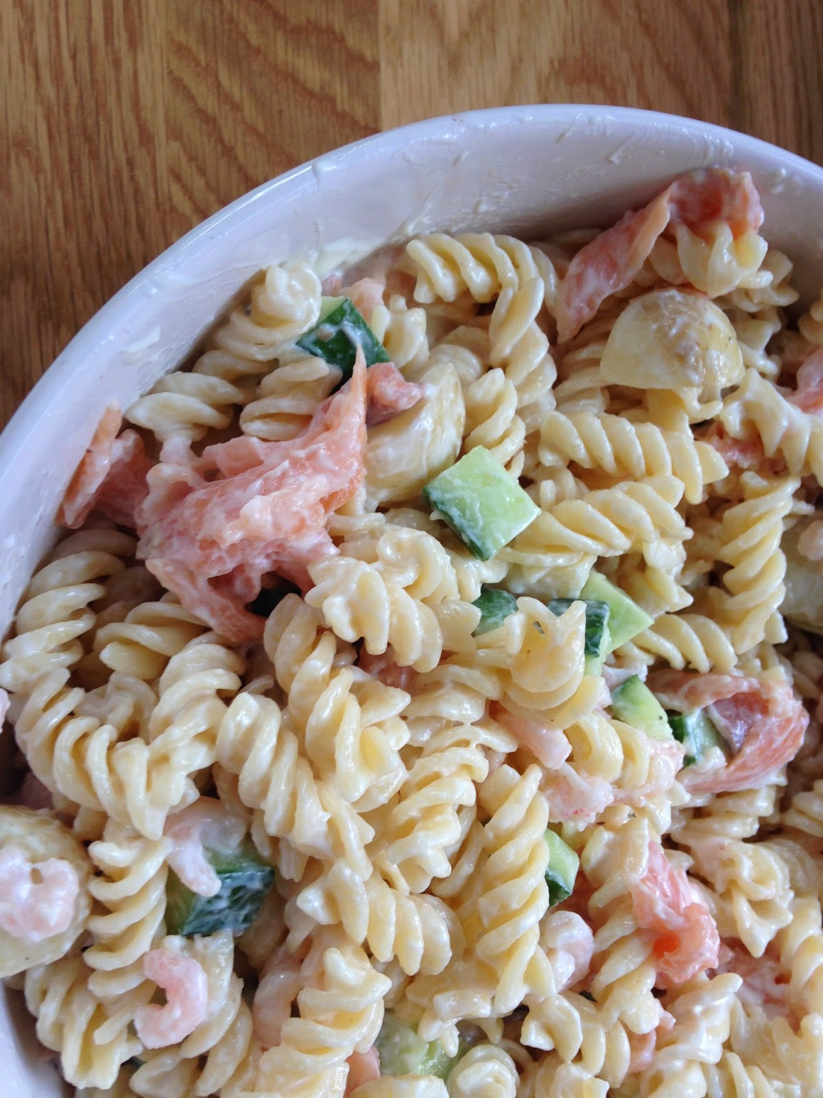The gwerclas girl smoked salmon and prawn pasta salad for Prawn and pasta salad recipes