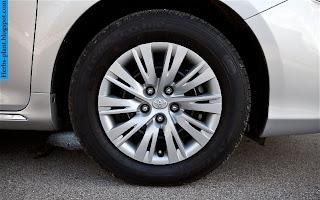 Toyota camry car 2012 tyres/wheels - صور اطارات سيارة تويوتا كامري 2012