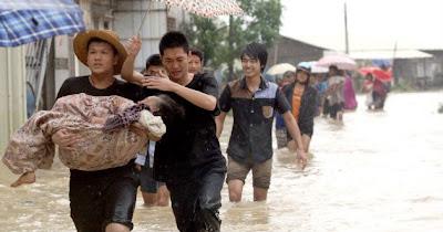 TIFON UTOR DDEJA AL MENOS 29 MUERTOS EN CHINA, 17 DE AGOSTO 2013