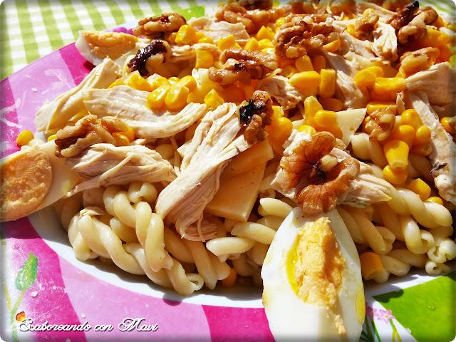 Ensalada De Pasta Con Pollo Y Nueces