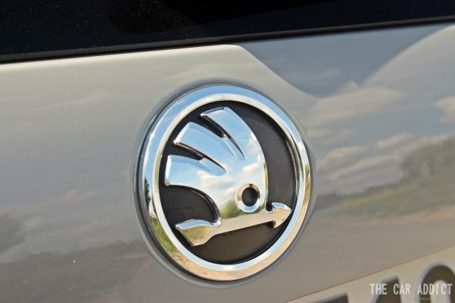Skoda Octavia RS - Skoda Logo