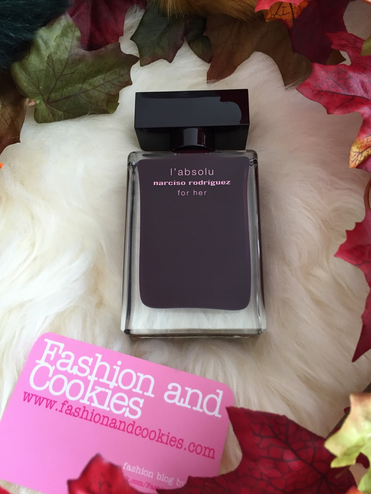 Narciso Rodriguez for her l'absolu eau de parfum review on Fashion and Cookies fashion and beauty blog