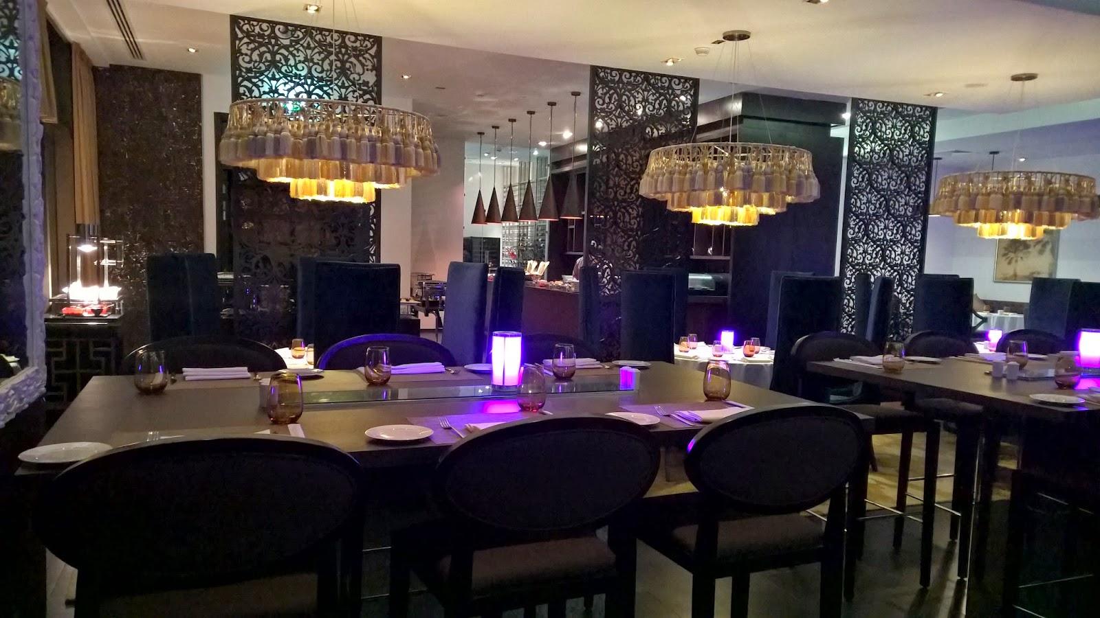 kahraman arabic restaurant southern sun hotel abu dhabi. Black Bedroom Furniture Sets. Home Design Ideas
