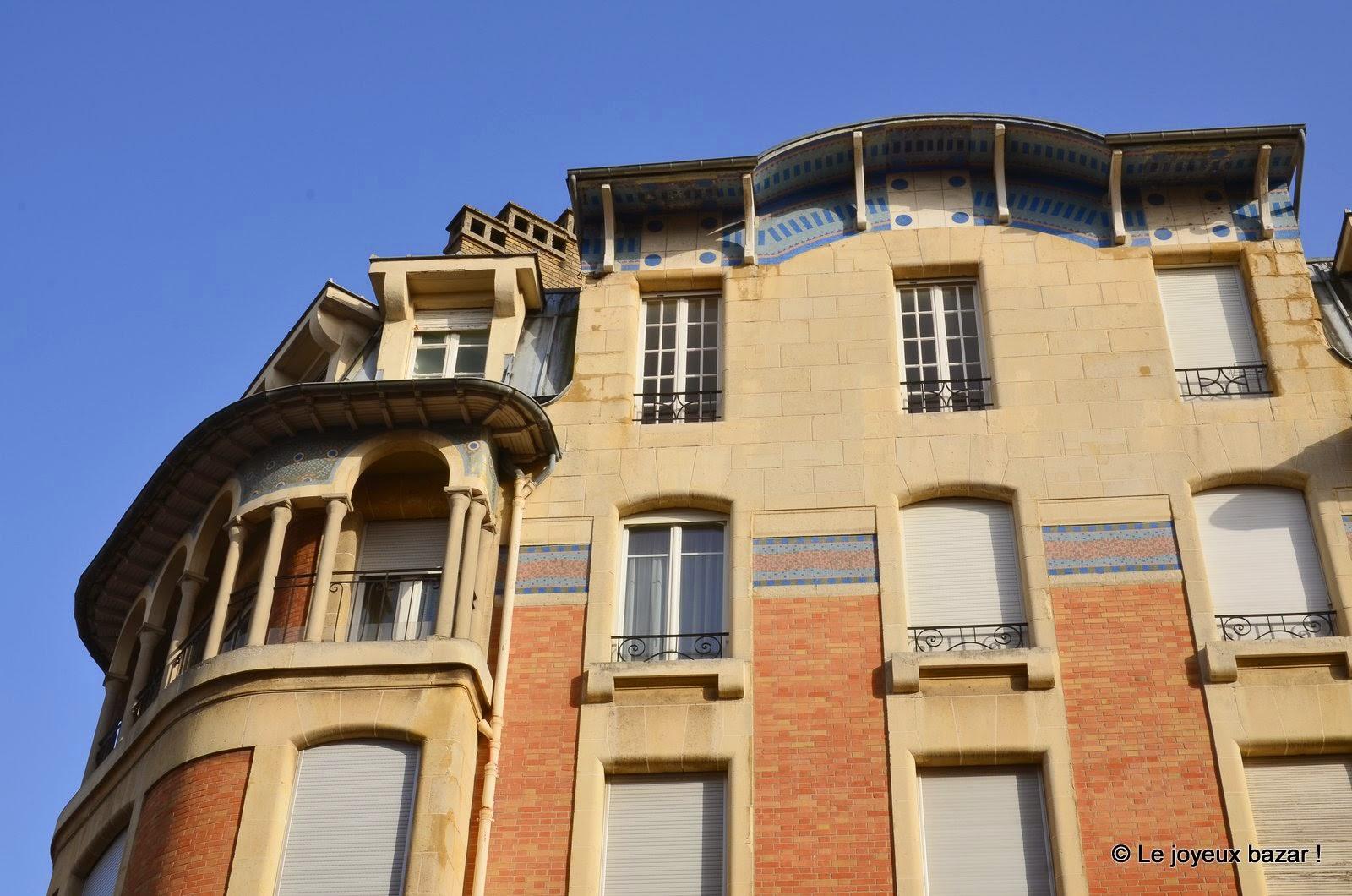 Reims - façade - art déco