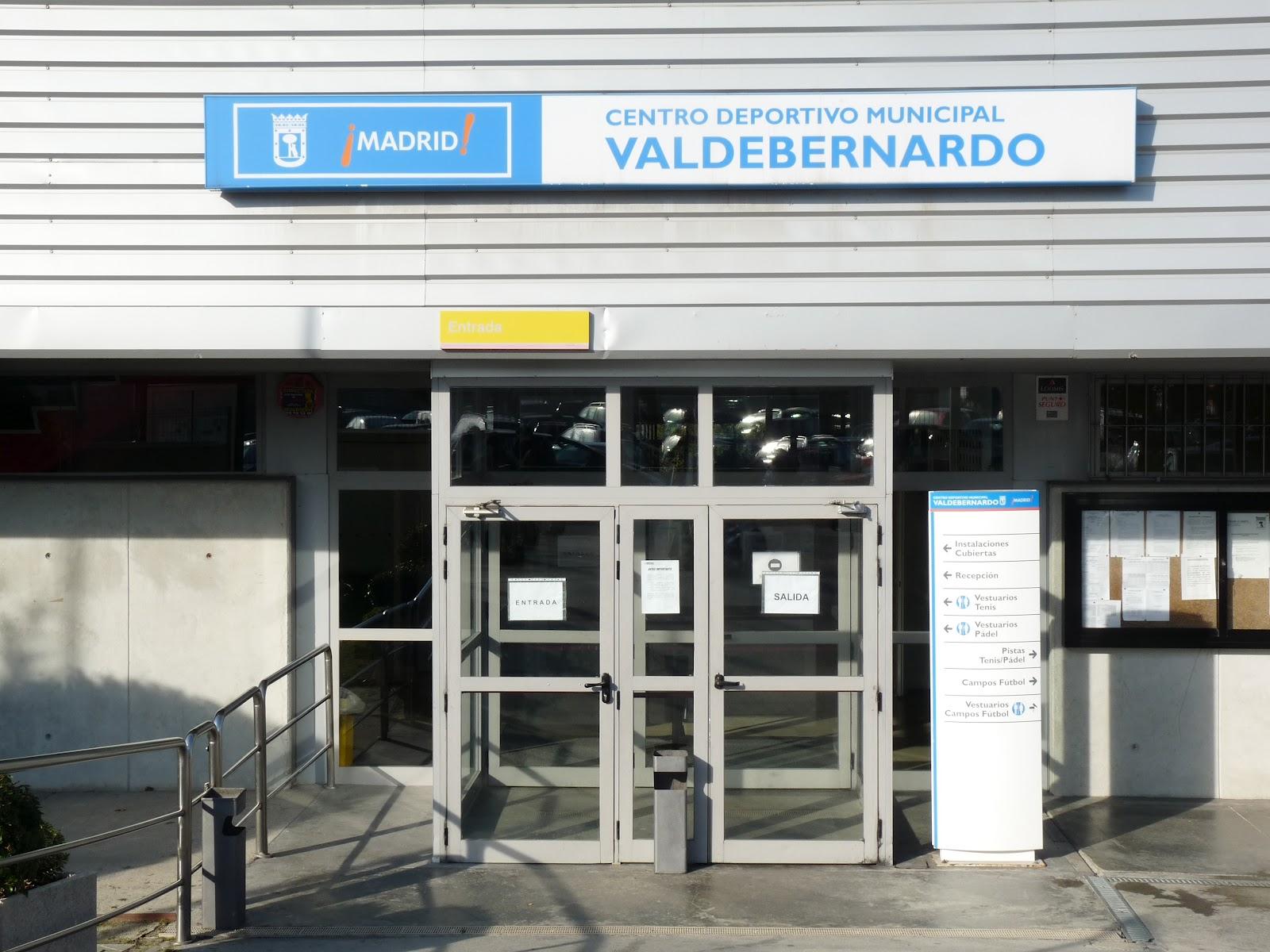 Reapertura de la piscina del c d m valdebernardo vicalv for Piscina valdebernardo