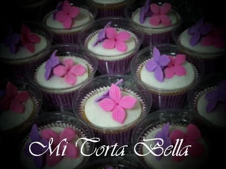 Related to Mi Torta Bella: Torta con flores