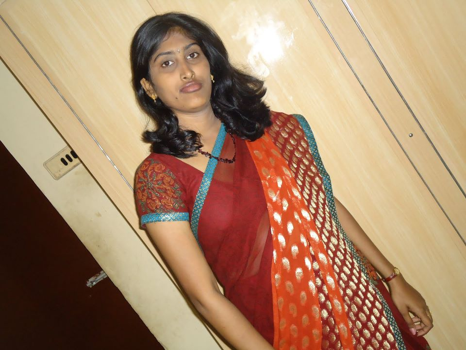 960 x 720 jpeg 95kB, Tamil Hot Housewife Aunites in Her Own Room | XXX ...