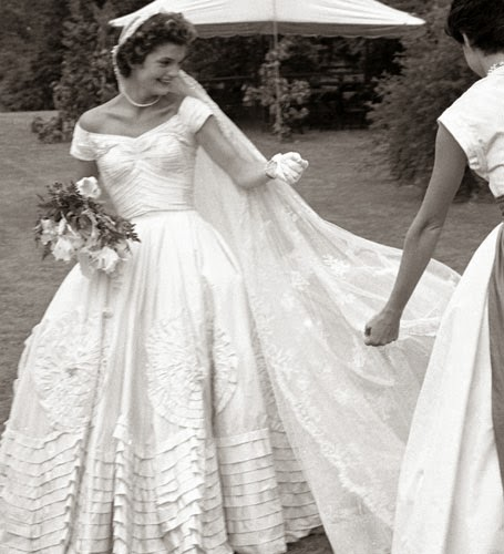 Jackie Kennedy Wedding Dresses - Affordable 1950s Wedding Dresses