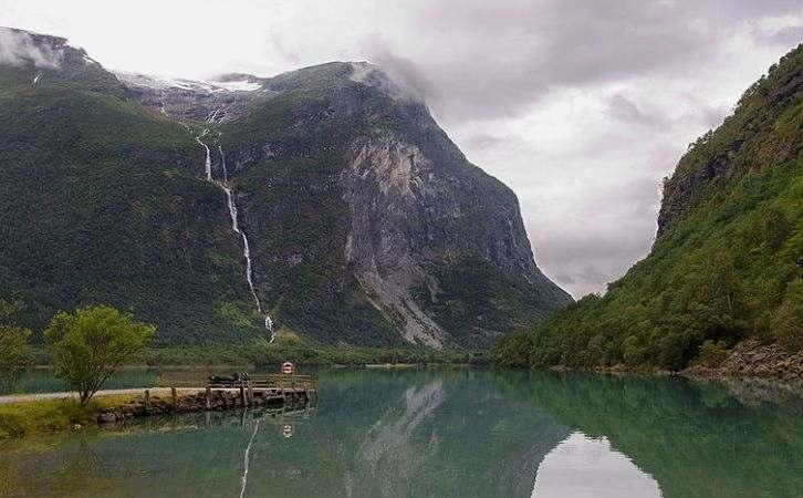 Ramnefjellsfossen, Norway, Air Terjun tinggi Di Dunia
