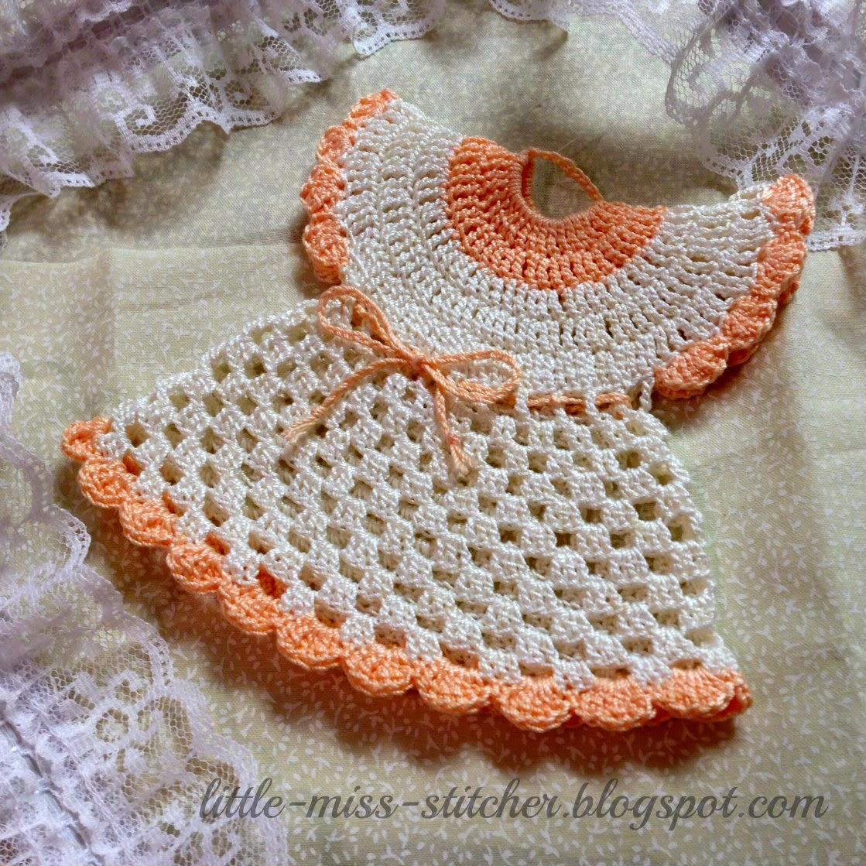 http://little-miss-stitcher.blogspot.com/2013/06/vintage-crocheted-dress-potholder.html