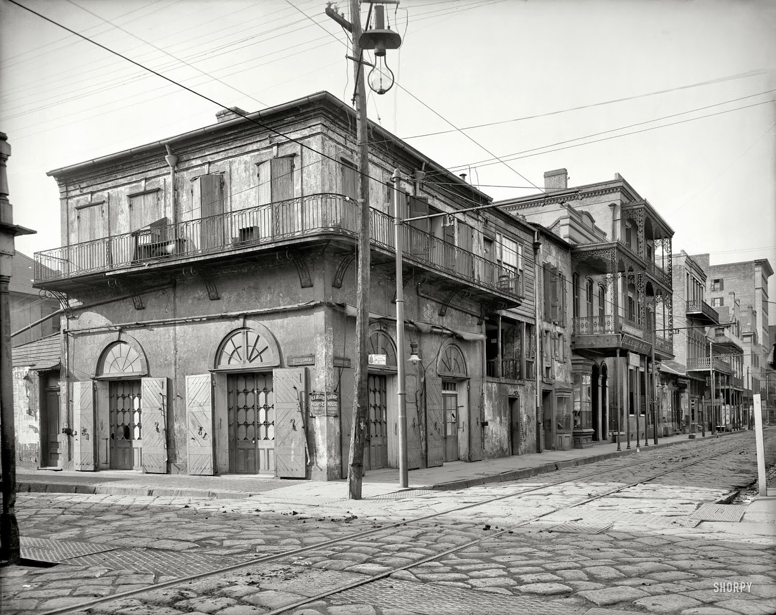 amazing vintage photos of new orleans from the early 20th century vintage everyday. Black Bedroom Furniture Sets. Home Design Ideas